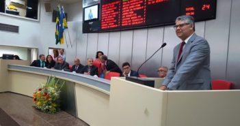 Sessão solene em homenagem aos Oficiais de Justiça de Rondônia